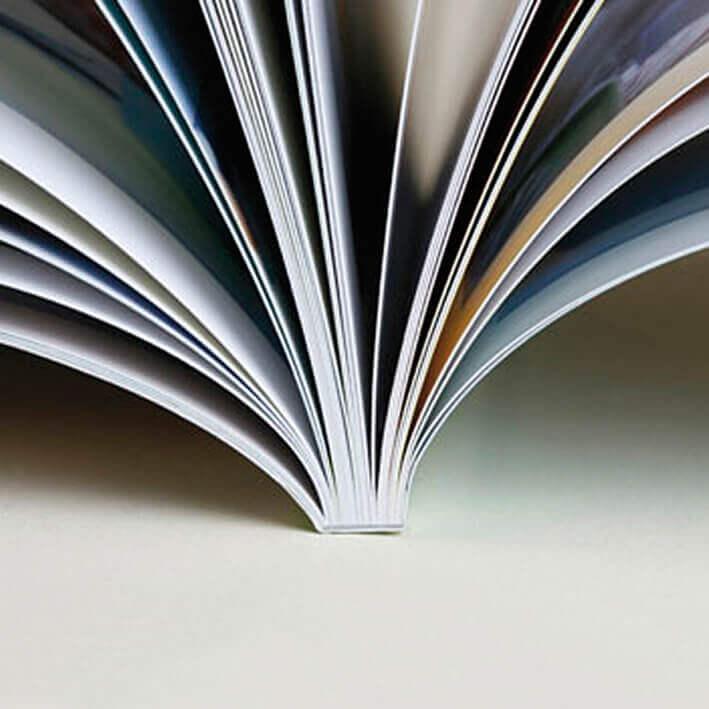 softcover boek gelijmd